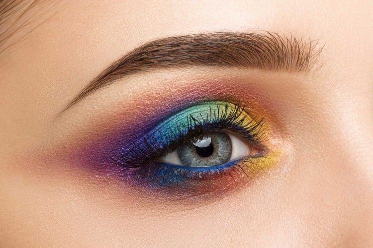 Photo of So you can make a colorful rainbow make-up yourself!