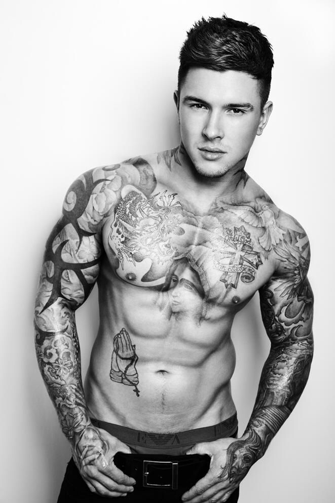 Tattooed man candy | Yes please ;) in 2019 | Tattoos, Hot ...