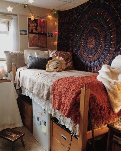 College room goals  ~ Earthy Inspiration ~  Pinterest  ~ 131045_Earthy Dorm Room Ideas