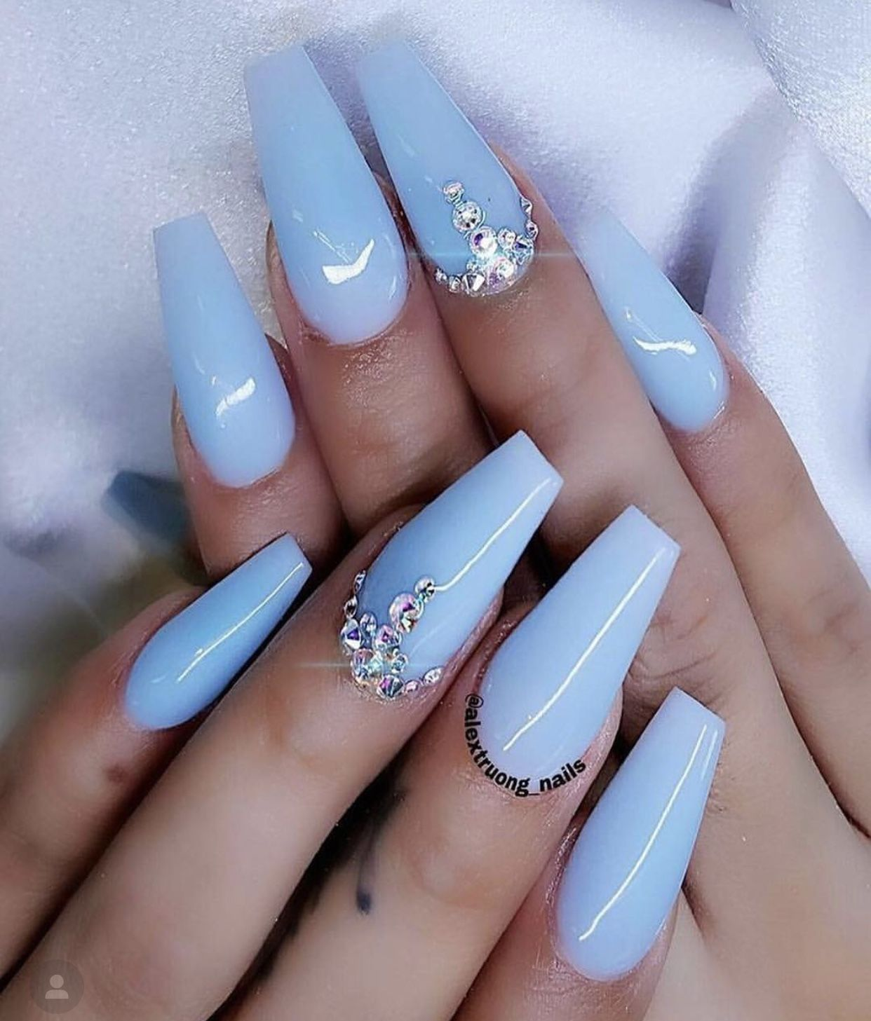 Pin By Dalanie Stolleis On Nails Blue Gel Nails Blue Coffin Nails Blue Acrylic Nails