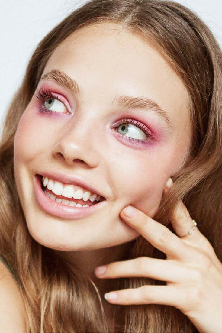 Four Bold '70s Makeup Looks That Bring The Disco Glam