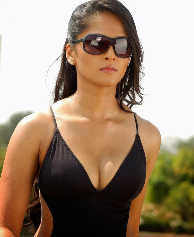 Gallery Collections: Anushka Shetty Hot Photos Collection