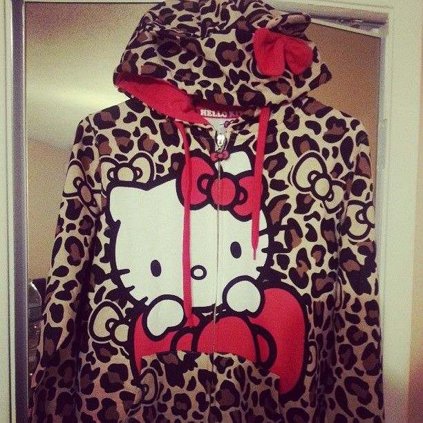 8189d4efd Hello Kitty Hoodie- Killin me Kitty!!! lol I can't find any juniors or  women's hoodies like dis! Only Kiddy ones!!! :(( I needsta find one ADULT  sized not ...