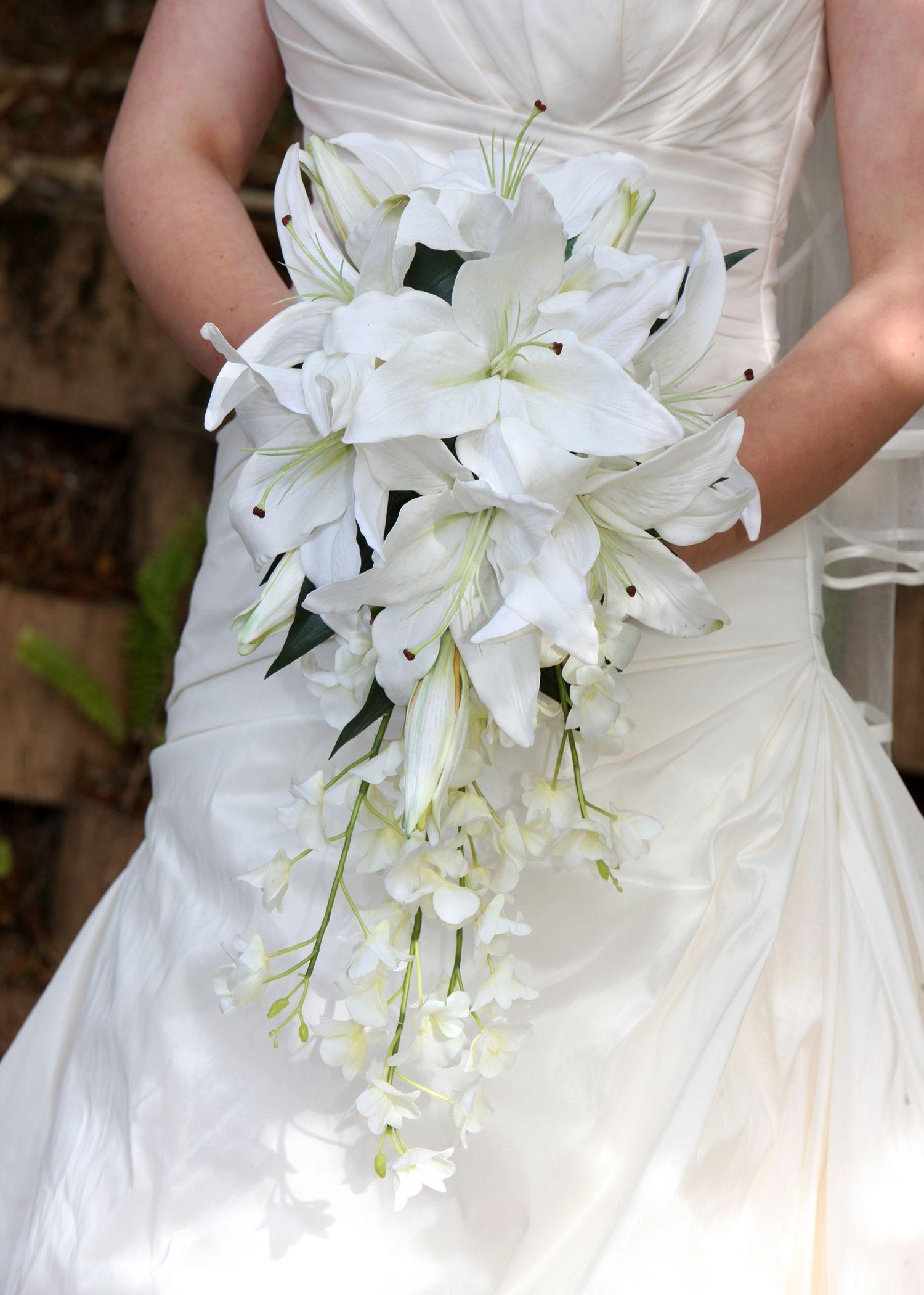 Wedding Flowers Bridal Bouquet Oriental Lily Singapore Orchid