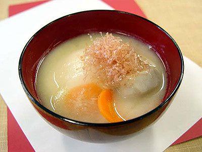 京風雑煮   a soup with pounded rice formed into a cake eaten on New Year's Day  It's specially at KYOTO