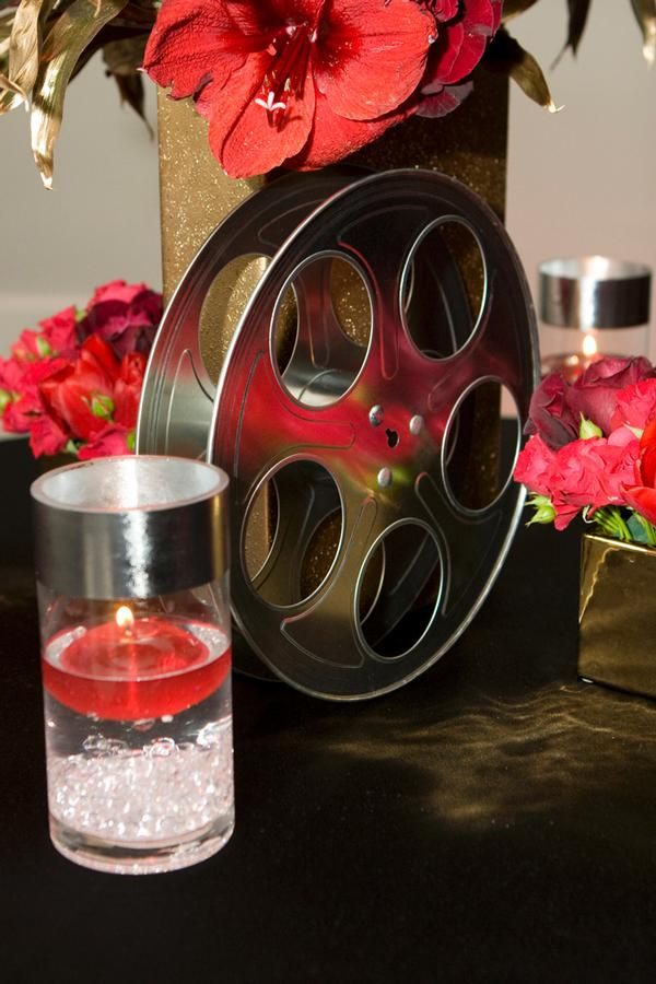 Love the old hollywood film reel as decor 10 yr for Hollywood glam decor