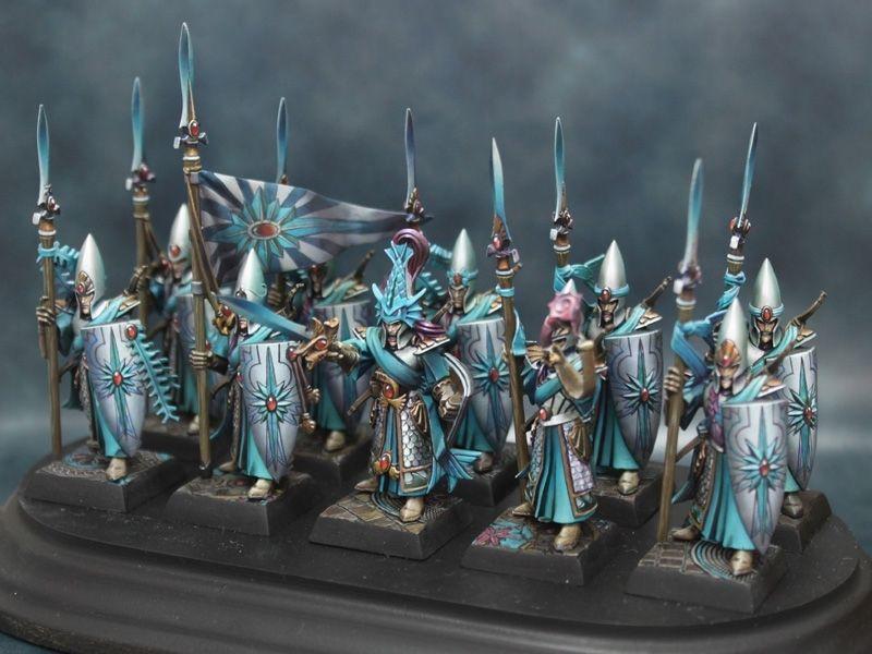 High Elves close ranks and prepare to meet the foe. Good artwork ...