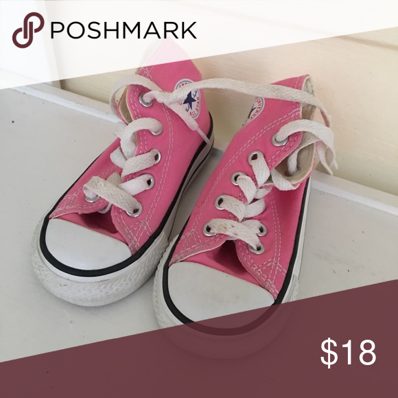 1b6149d21032 High top toddler converse Pink high top converse toddler size 5 Excellent  condition