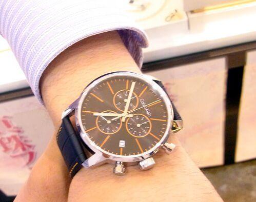 cách phân biệt đồng hồ Calvin Klein Fake và chính hãng