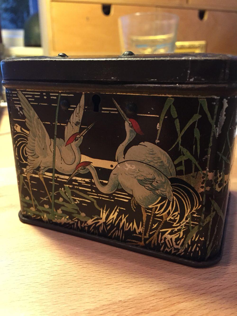 Vintage tin bank