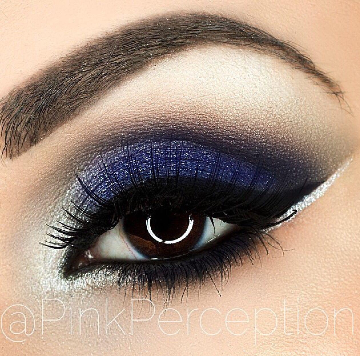 Noche Azul Maquillaje Ojos Azules Maquillaje En Tonos Azules Maquillaje De Ojos