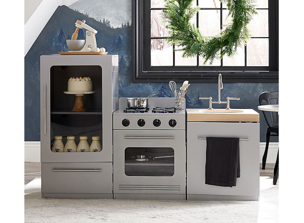play kitchens so stylish you ll want to make over your real kitchen rh pinterest com