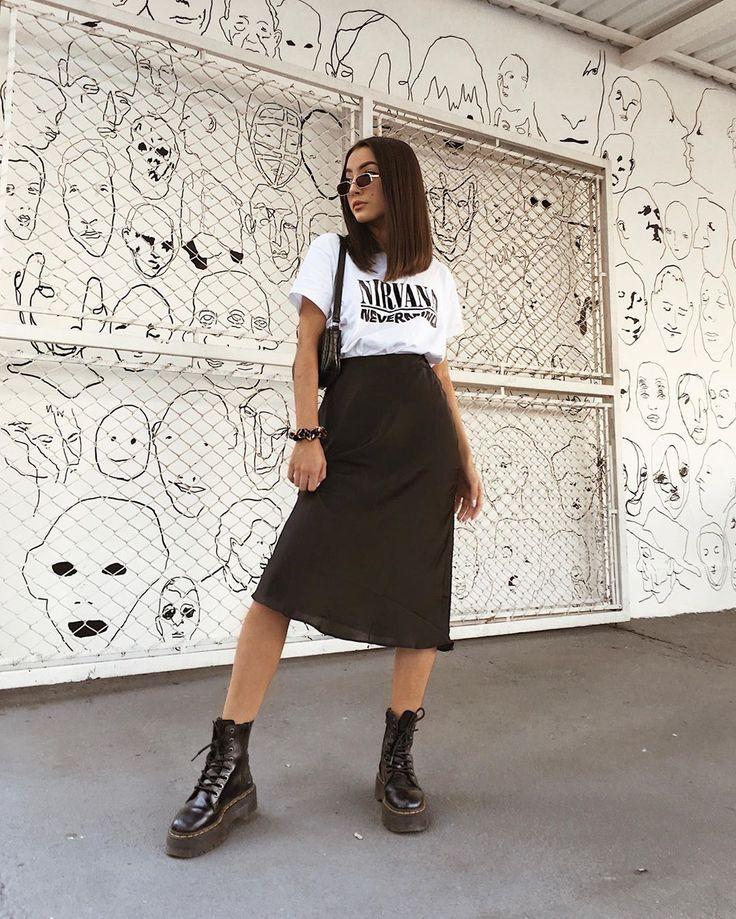 """Thalia Ferraz on Instagram: """"Apareceuuu a margarida, e dessa vez com um lookinho mais """"girlboss"""", gostaram? � // wearing @cottonon_brasil, @forever21brasil, @zerouv"""""""