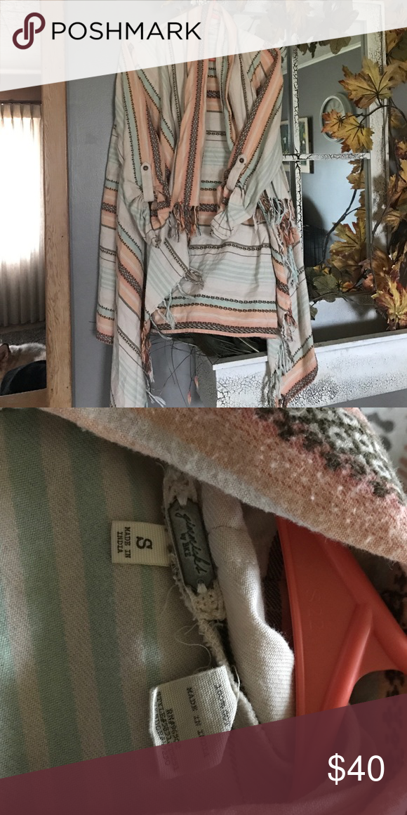 Gimmicks by BKE fringe shrug! I have a gimmicks by BKE size small shrug that is the cutest thing ever, just don't wear it enough ! It's cream with orange, brown and teal. Could easily fit a size medium also! Perfect for summer.! ❤ BKE Sweaters Shrugs & Ponchos