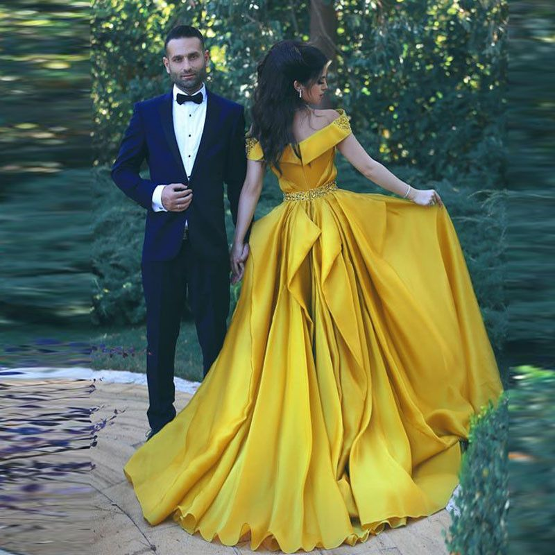 Beauty And The Beast Disney Themed Wedding Gold Roses Ont Princess Dress Belle Yellow Ball Gown A Line Off Shoulder