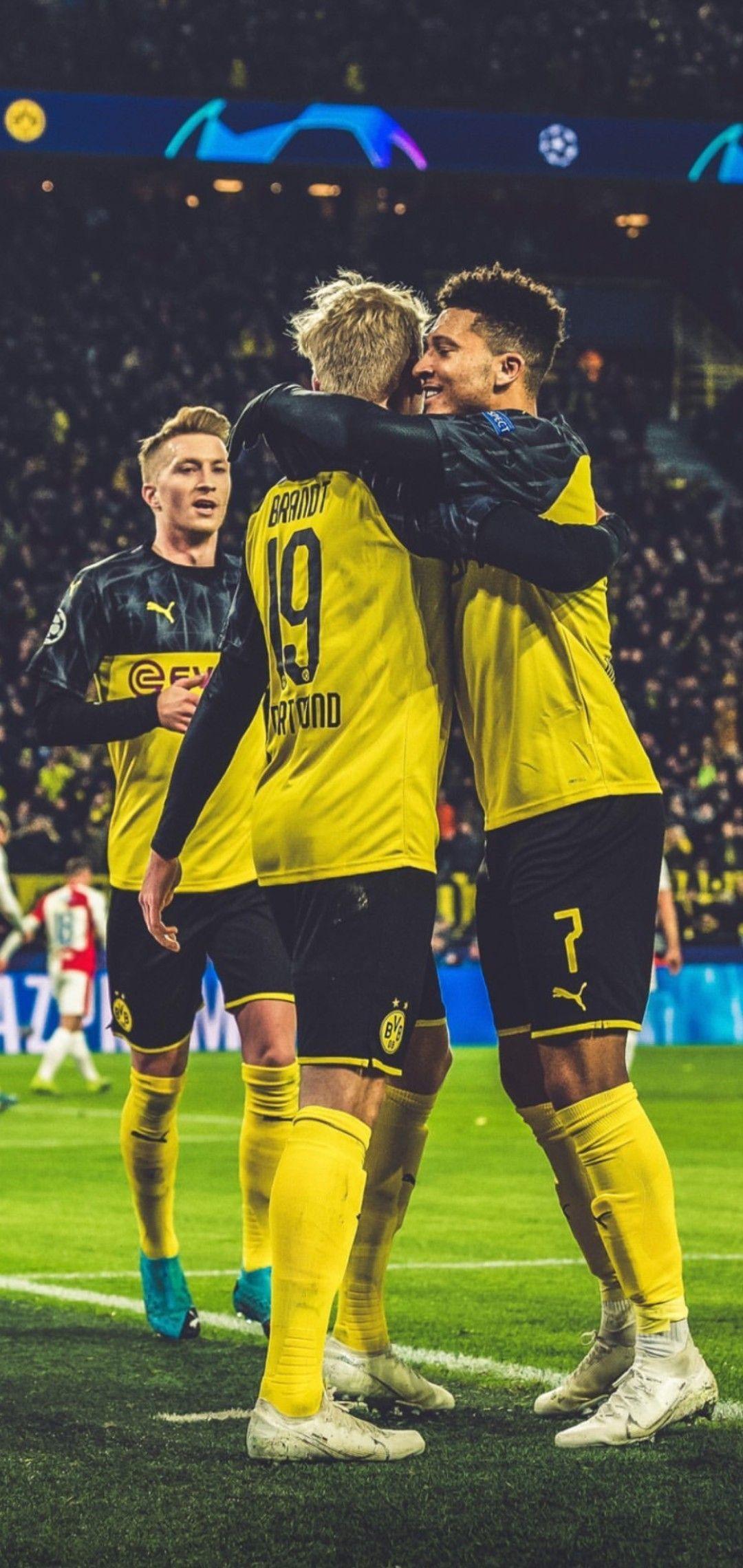 Borussia Dortmund Borussia Dortmund Em 2020 Jogadores De Futebol Futebol Mundial Futebol