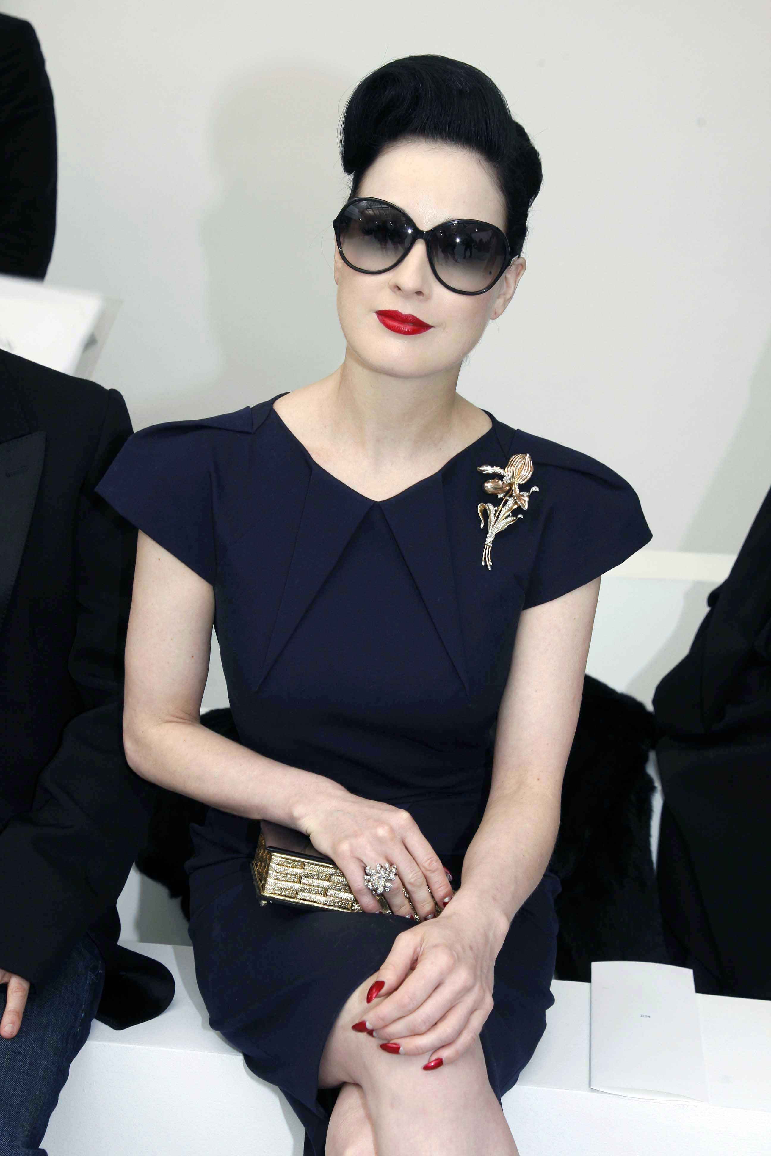 bcfd06305182 Dita von Teese could add large brooch t0 black 1940 s dress