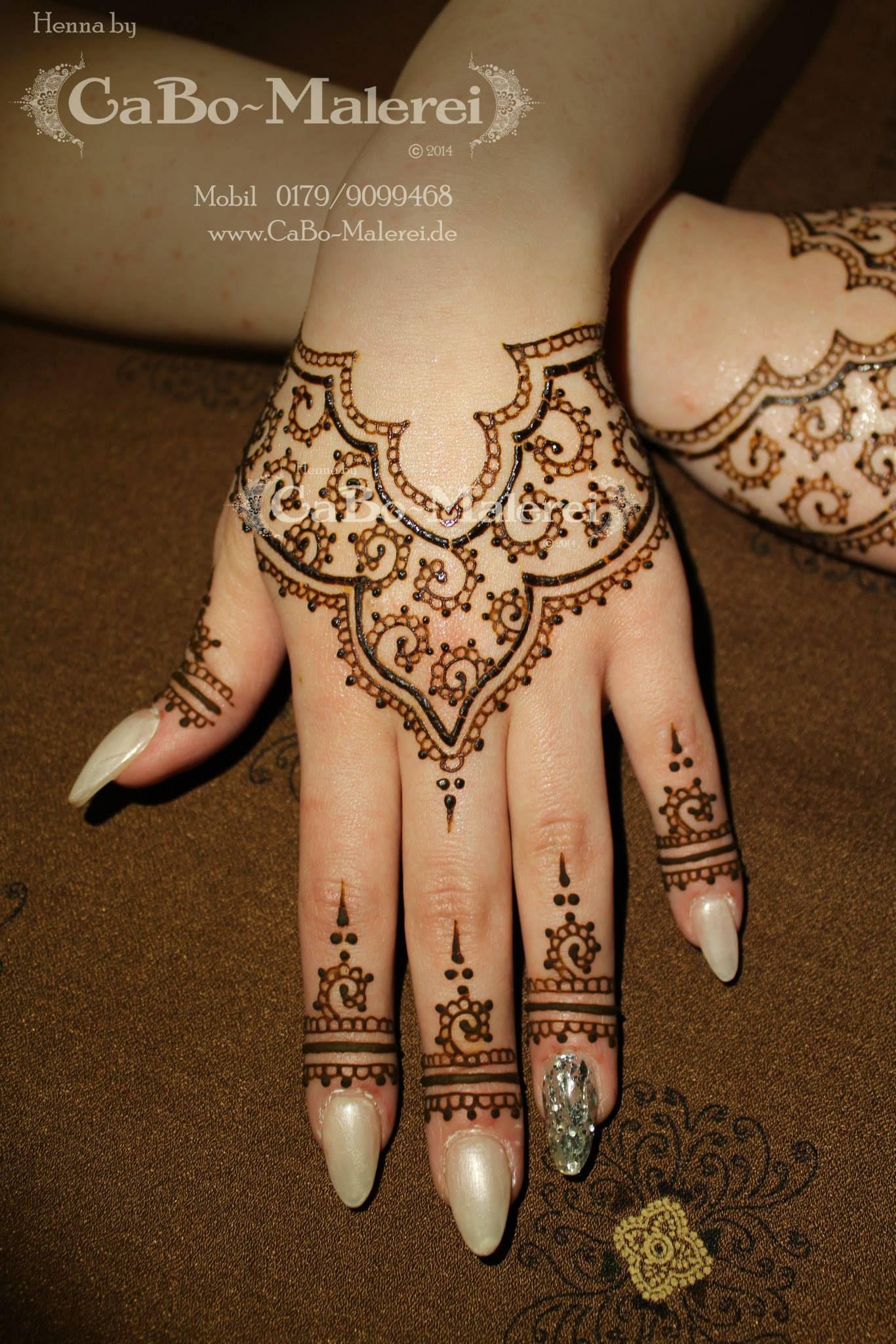 Henna Tattoo Hand Amazon: Simple Modern #Henna By CaBo-Malerei.