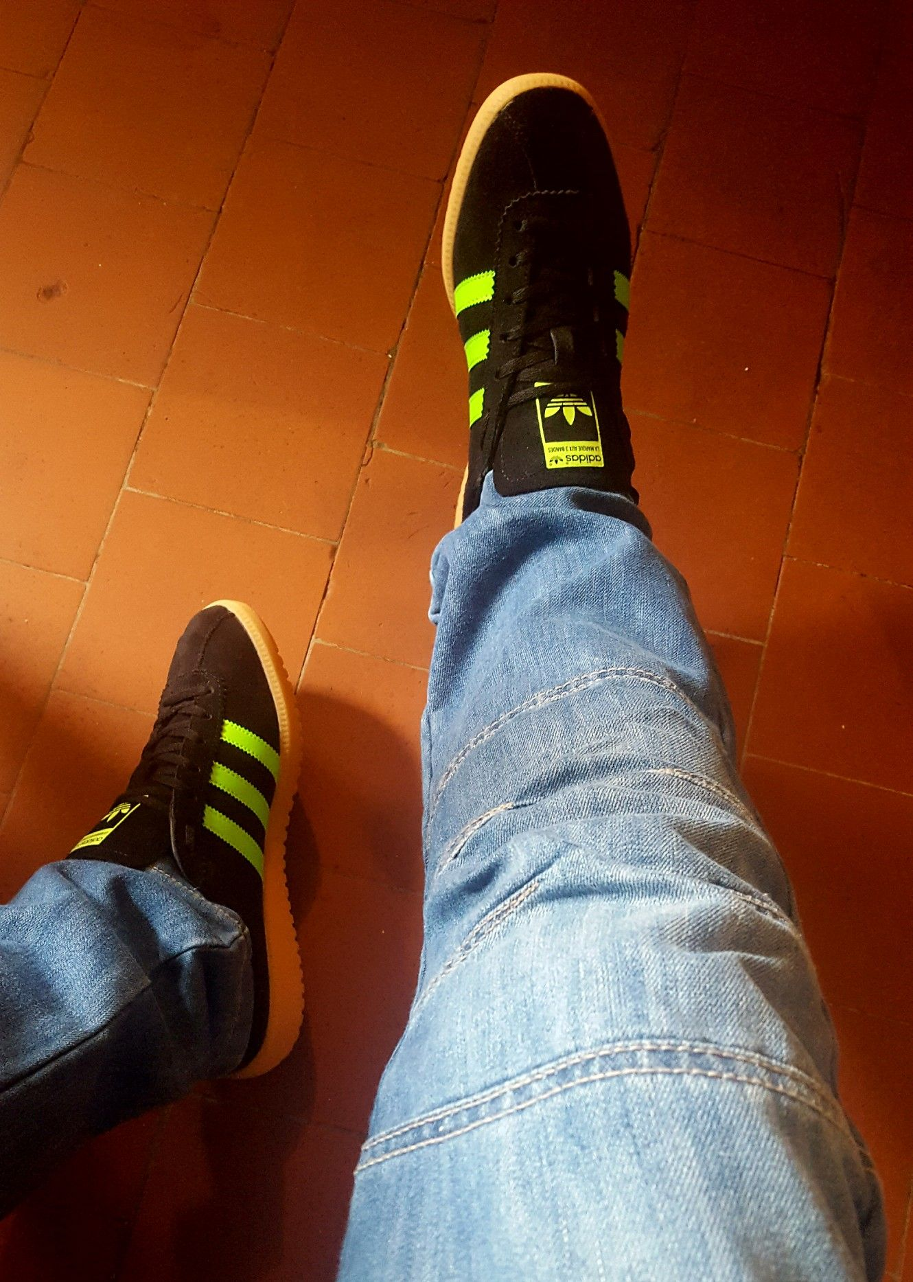 b5b41a3b04c3 Adidas Bermuda look the nuts with a nice pair of jeans