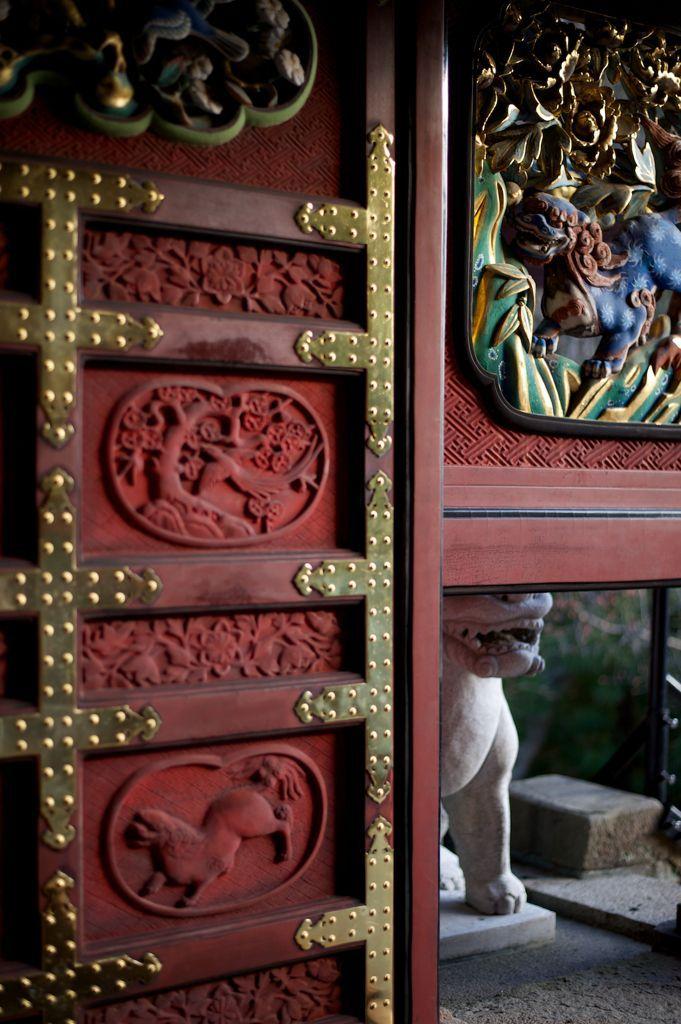 entrance door of Kunozan Toshogu shrine, Shizuoka | colour ...