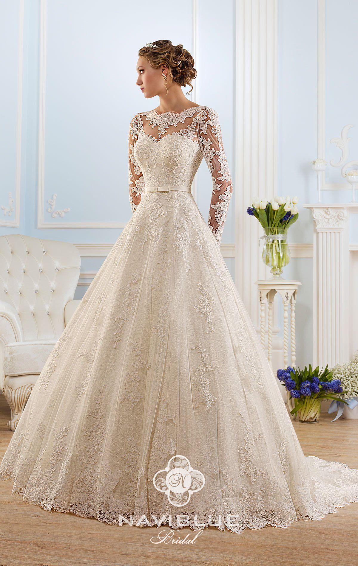Brautkleid Wetter www.lavie-brautmode.de | Wedding Dresses Corset ...