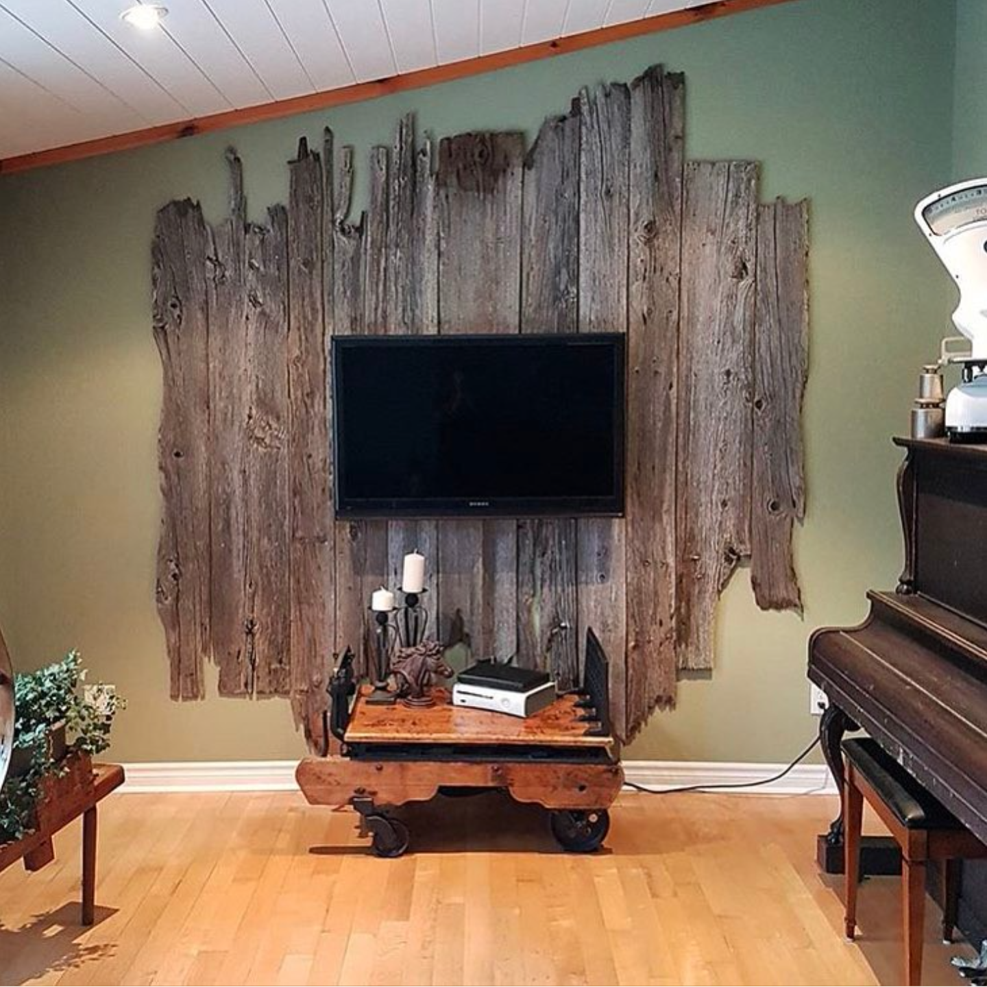 Rustic Tv Mount