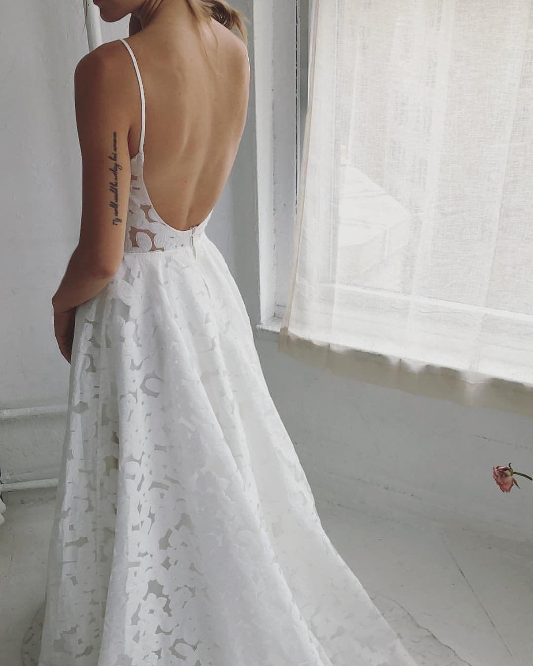 Annie By Truvelle Price 2 440 Summer Wedding Dress Modern Wedding Dress Dresses [ 1350 x 1080 Pixel ]