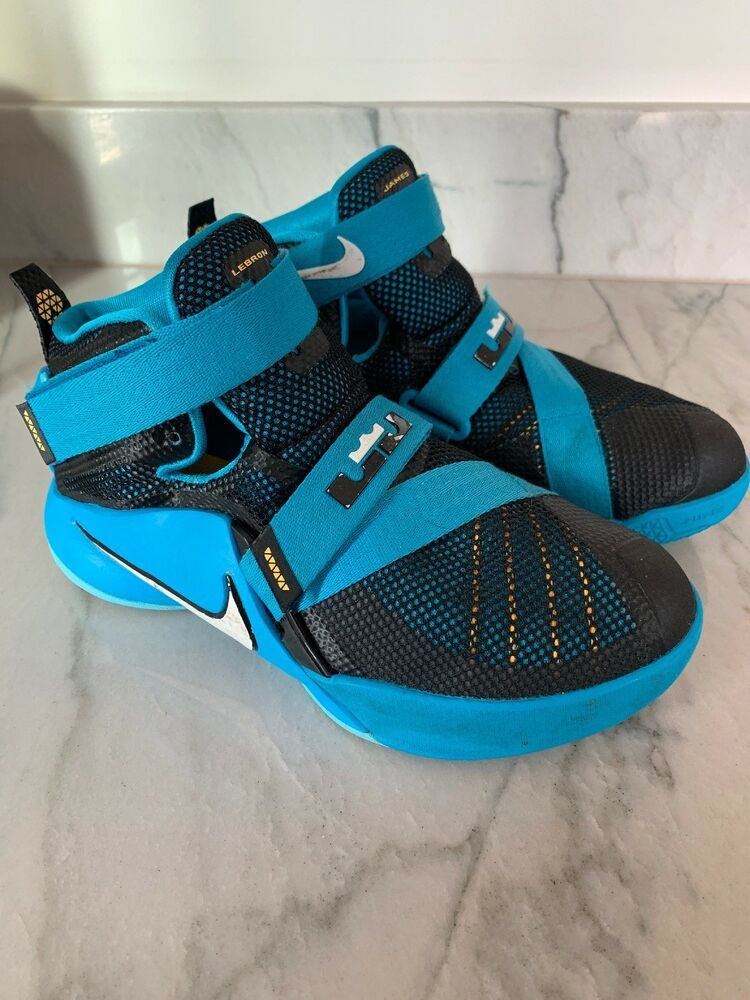 youth basketball shoes size 3.5