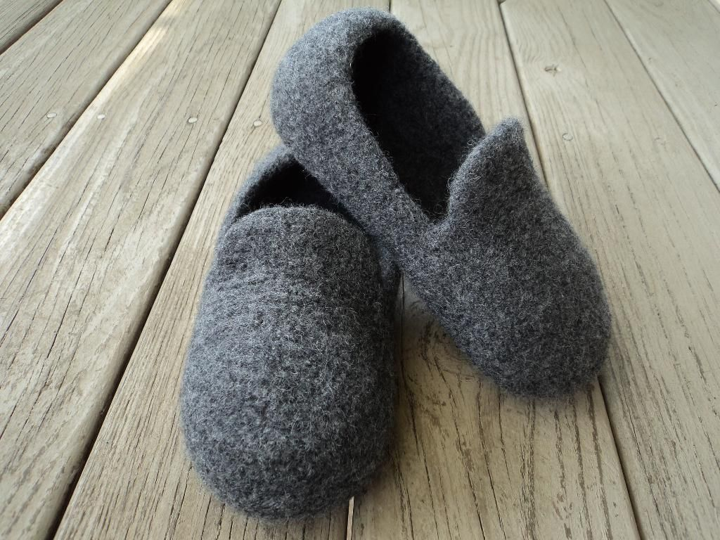Mens loafer slippers felted knit felting knit patterns and explore felted slippers pattern and more bankloansurffo Choice Image