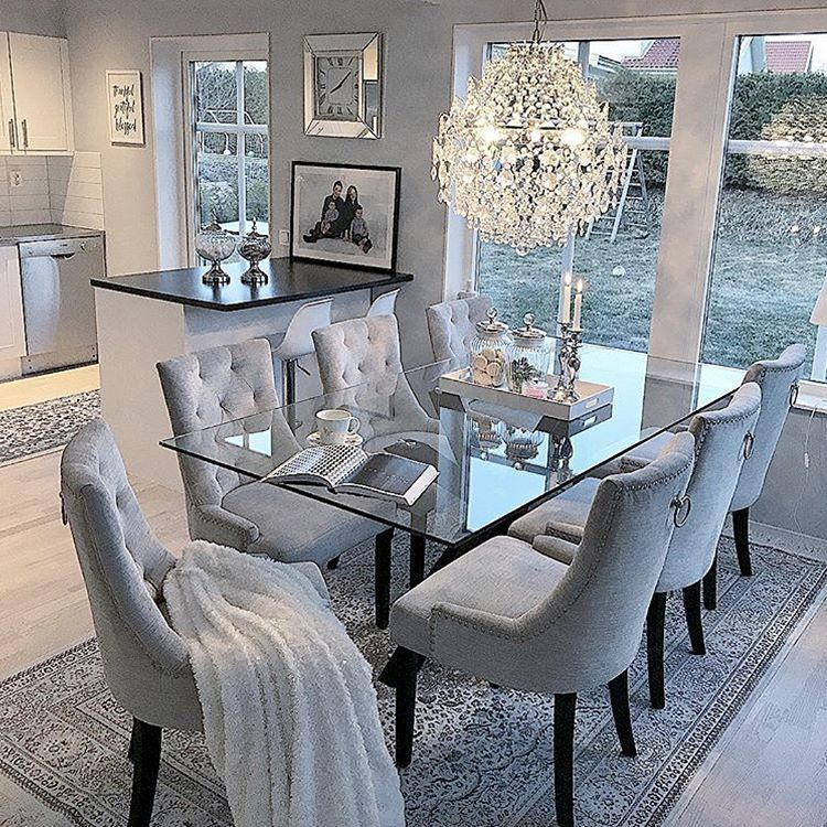 31 Dining Room Chandeliers That Will Make The Atmosphere Romantic Pandriva Luxury Dining Room Dinning Room Decor Elegant Dining Room