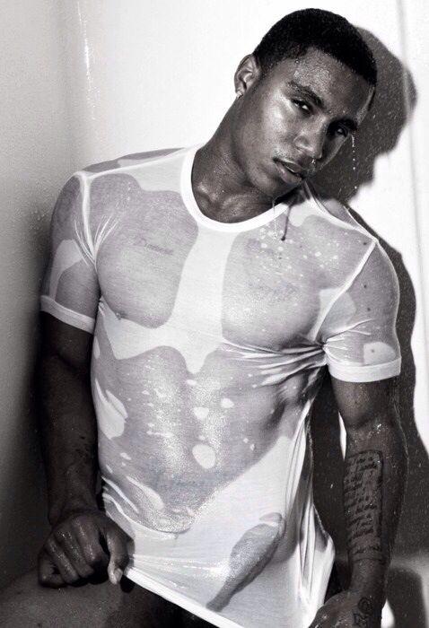 nude-wet-shirt-men