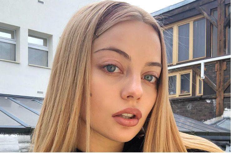 пост, спасибо. блондинка зашла к соседу порно считаю, что правы