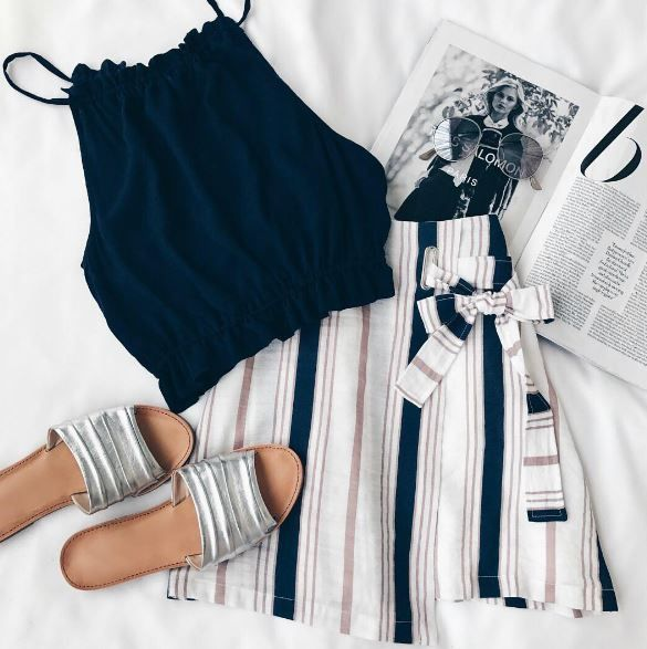 10 Clothing Stores With Student Discounts You Didnt Know About - Society19 #style #Accessories #shopping #styles #outfit #pretty #girl #girls #beauty #beautiful #me #cute #stylish #photooftheday #swag #dress #shoes #diy #design #fashion #outfits