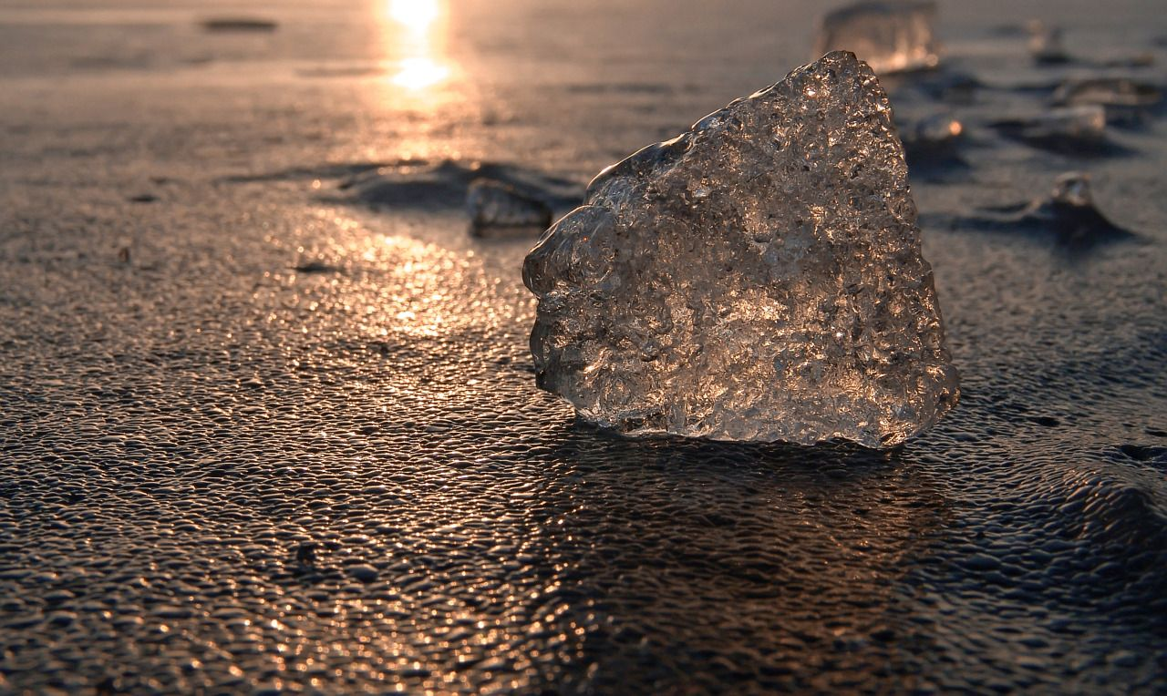 By Denny Bitte - #ice #Lake #light #nature #on #original #photographers #photography #sunset #Tumblr