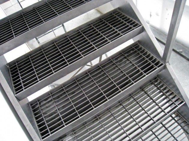 Best Caliper Studio Steel Grate Stair Http Www Hygrating 400 x 300