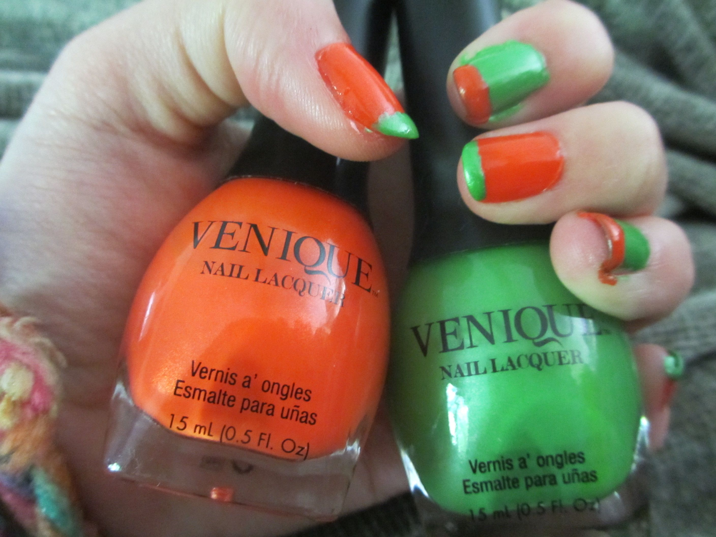 Cute idea orange and green french manicure with inverse colors on