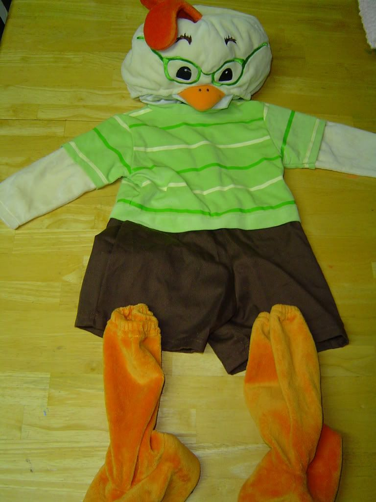 Halloween Costumes · Chicken · Chicken Little & Chicken Little | Halloween Costume Ideas for Jareth | Pinterest ...
