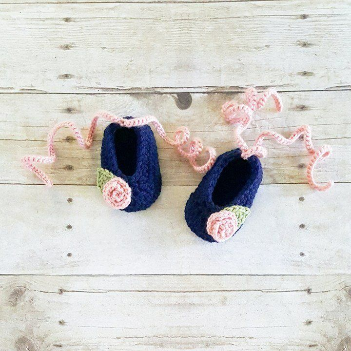1d7e0dd855d33 Crochet Baby Flower Rosette Ballet Style Shoes Slippers Booties ...