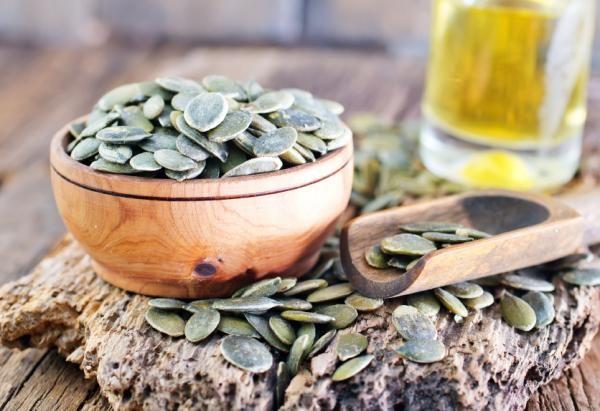 semillas de calabaza o semillas de lino para la próstata