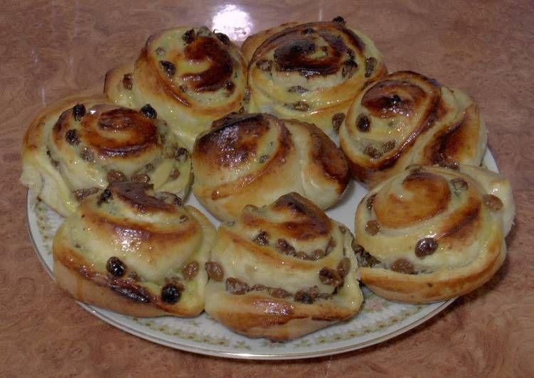 Французские булочки с изюмом | Рецепт в 2020 г ...