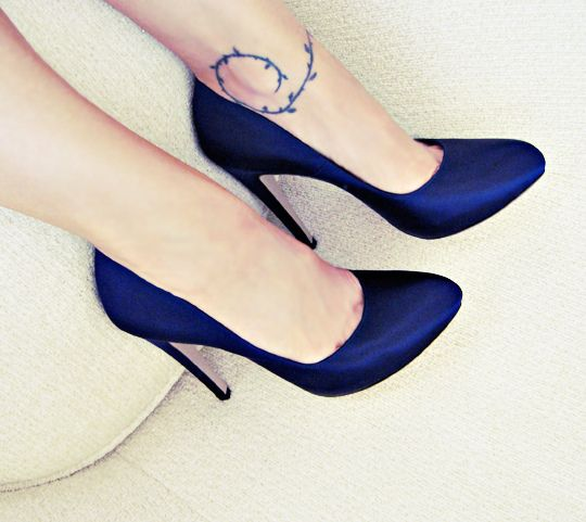 navy satin platform pumps+ferragamo heels   Clothes Jewlery   Shoes ... 8eb78afa854d