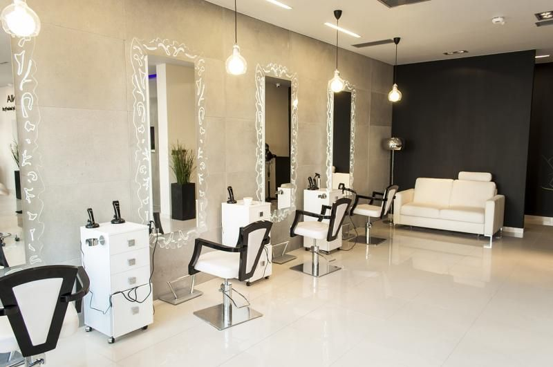 Classic Chic Hairdressing Salon Design Salonideas Salon
