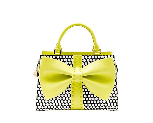 CURTSY BOW SATCHEL: Betsey Johnson