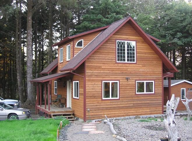 20 Wide 1 1 2 Story In Coos Bay Or Dormer House Wood Siding House House Exterior