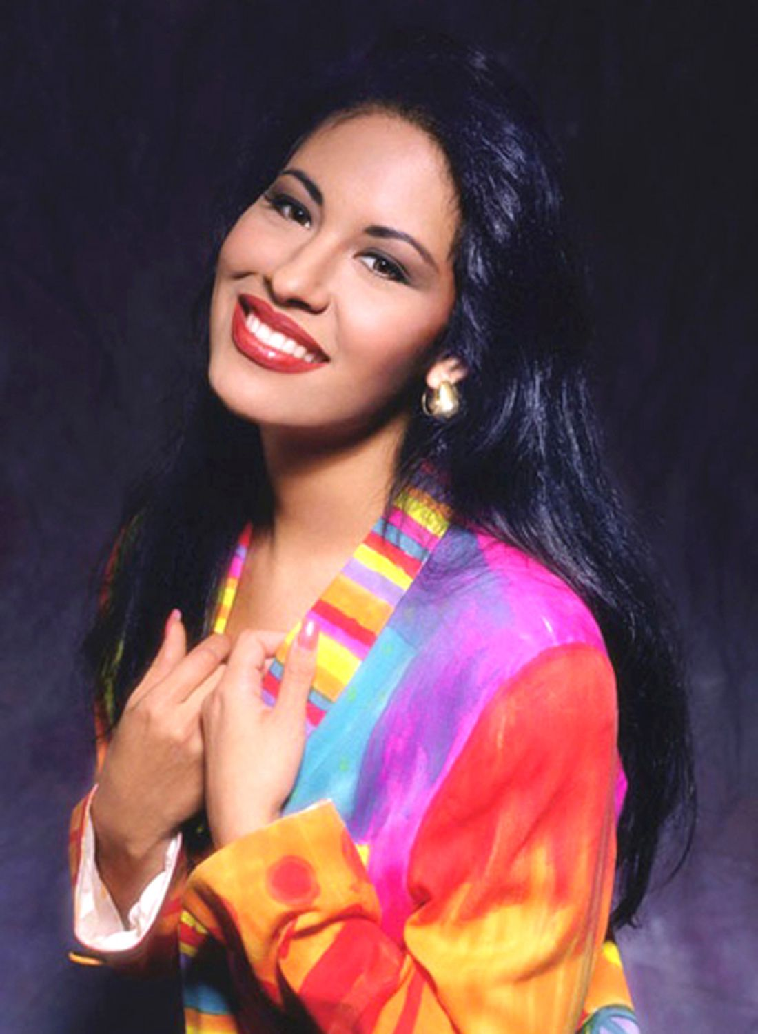 8 Reasons Selena Is The Ultimate Icon With Images Selena