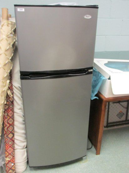 Whirlpool Refrigerator - Perfect for an Apartment Auctions Online ...