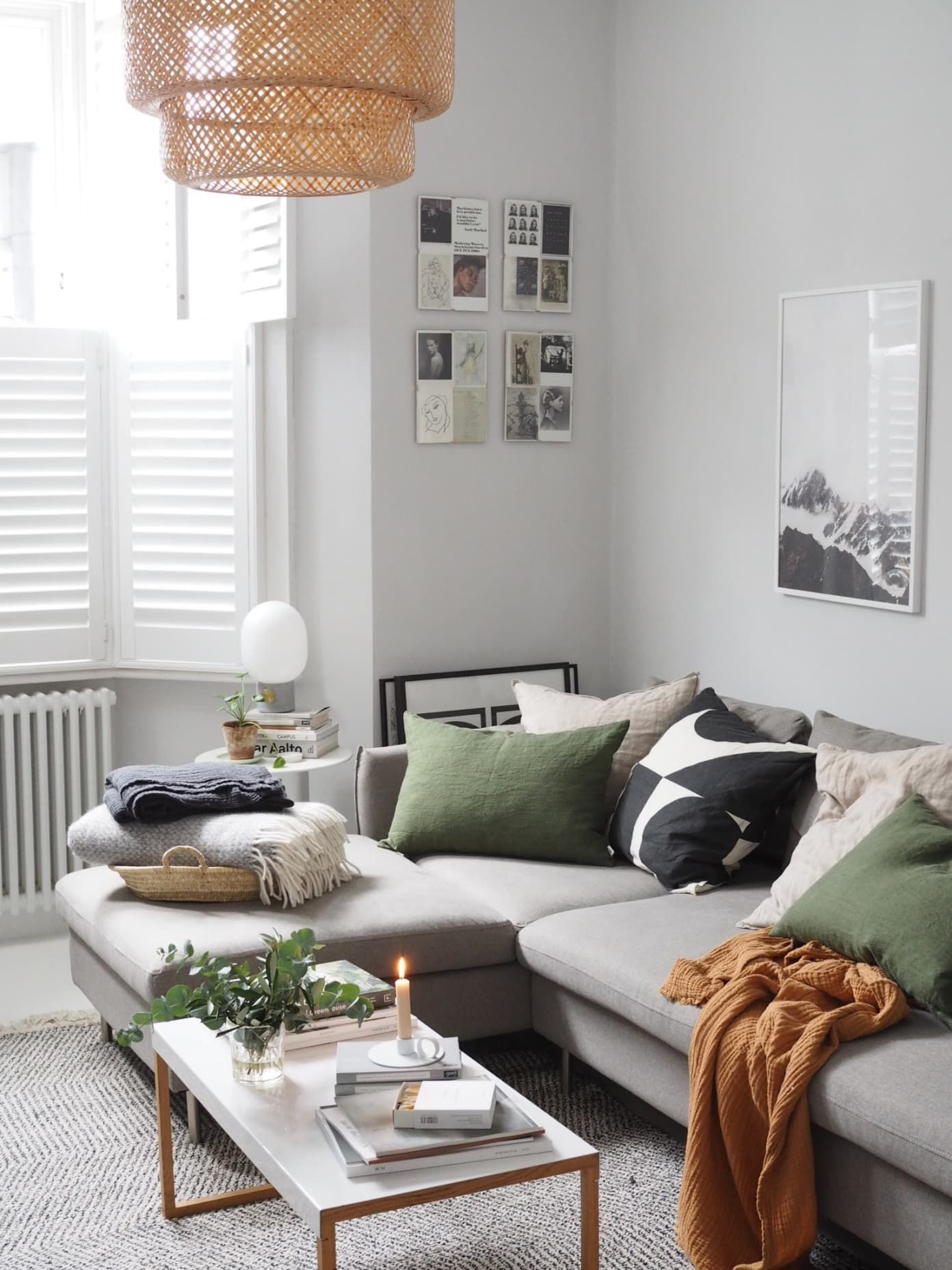 A Scandinavian Inspired London Home Is An Elegantly Simple And Inspiring Space In 2020 Minimalist Living Room Living Room Scandinavian Hygge Living Room
