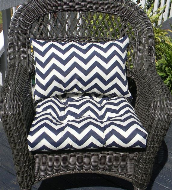 Indoor Outdoor Wicker Cushion And Rectangle Lumbar Pillow Set Navy Dark Blue And White Chevron C Chevron Cushions Outdoor Wicker Wicker Chair Cushions