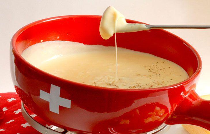Alpenmacaroni Kaasfondue Fondue Recepten