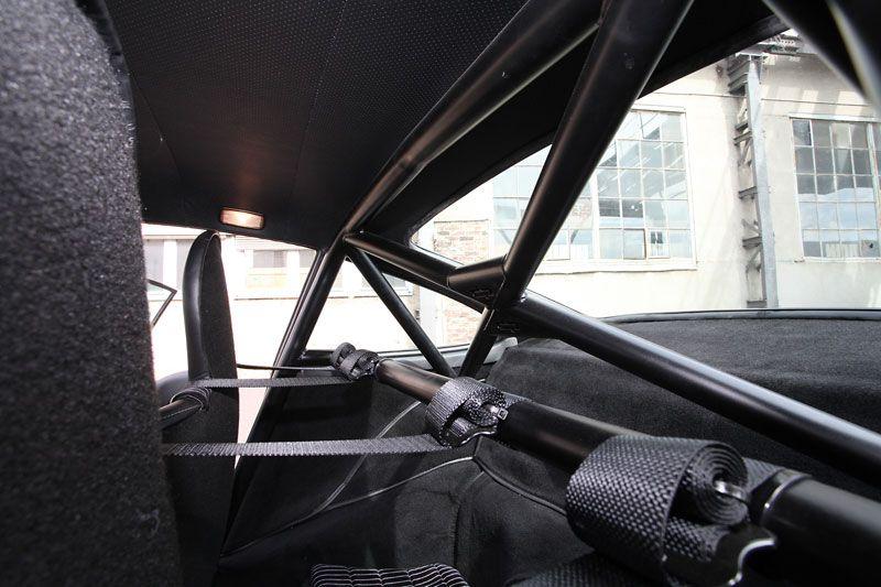 DP Motorsport Builds an Ultra-Lightweight 911 Sleeper 3.2